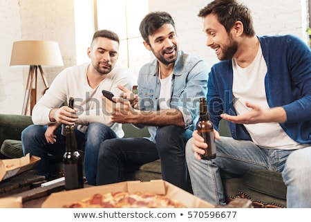 Photo stock: Smartphone · potable · bière · maison · alcoolisme · alcool