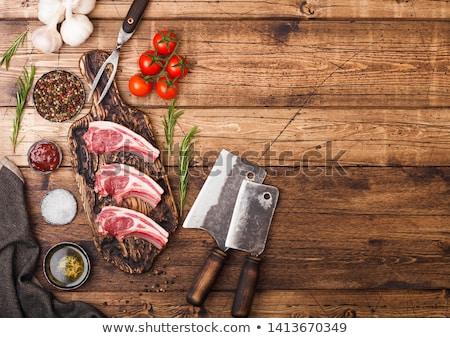 frescos · crudo · cordero · carne · de · vacuno · tabla · de · cortar · vintage - foto stock © DenisMArt