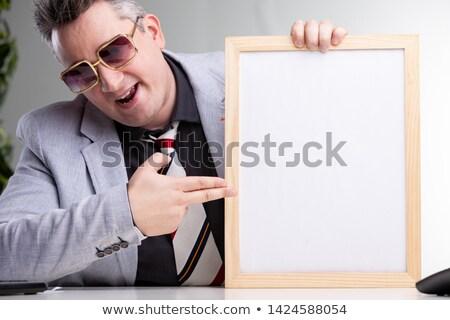 Smart erfolgreich Mann Hinweis Bekanntmachung tragen Stock foto © Giulio_Fornasar