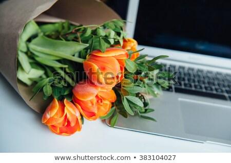 Laptop koffie tulpen notepad bloem Stockfoto © ElenaBatkova