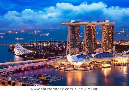 Felhőkarcolók marina Szingapúr üzlet város híd Stock fotó © JanPietruszka