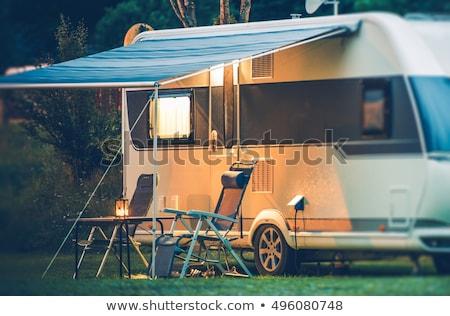 Camping caravan illustratie familie glimlach kinderen Stockfoto © adrenalina
