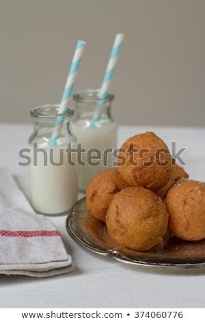 ミルク · ドーナツ · ボトル · 新鮮な · パーティ - ストックフォト © laciatek