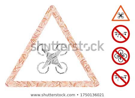 Voorzichtig verkeersbord blauwe hemel Stockfoto © benkrut