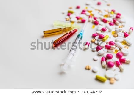 Vényköteles gyógyszerek injekciós tű szimbólum előírás szerinti drogok nővér Stock fotó © Lightsource