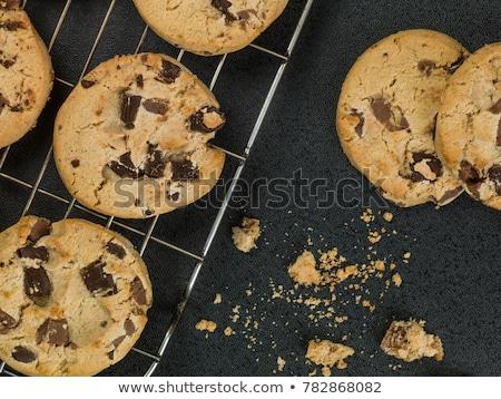 Chocolade boter biscuits witte plaat Stockfoto © Digifoodstock