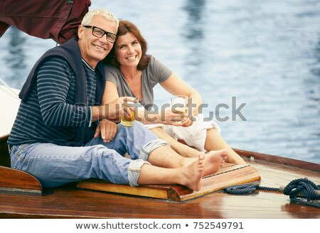 W średnim wieku para łodzi portret podróży zabawy Zdjęcia stock © IS2