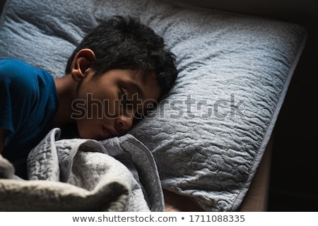 fiú · alszik · ágy · illusztráció · háttér · művészet - stock fotó © colematt