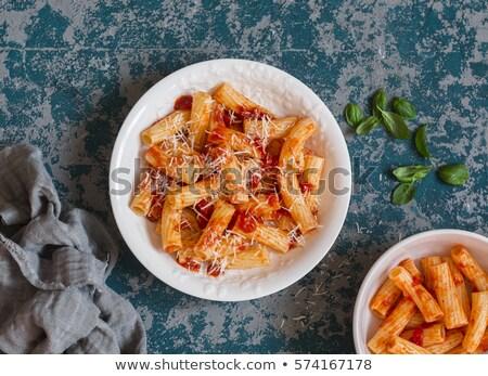 Domates sosu parmesan peyniri tipik İtalyan makarna taze Stok fotoğraf © bugstomper