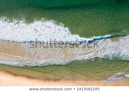 Erőteljes hullám tengerpart Newcastle Ausztrália nagy Stock fotó © jeayesy