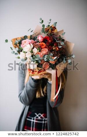 retrato · bastante · recién · casados · ramo · aislado · blanco - foto stock © nejron