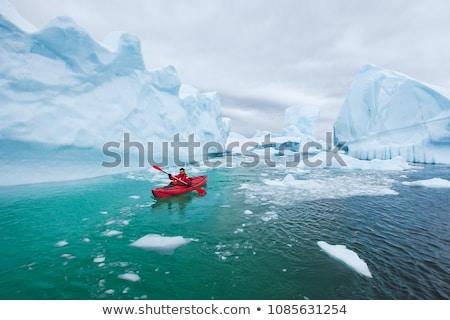 Kayık buz gibi su buz parçalar bahar Stok fotoğraf © Mps197