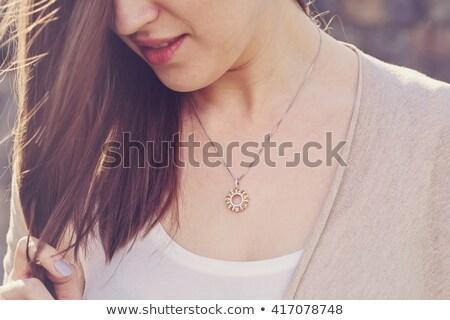 Nő visel fényes gyémánt szépség ékszerek Stock fotó © dolgachov