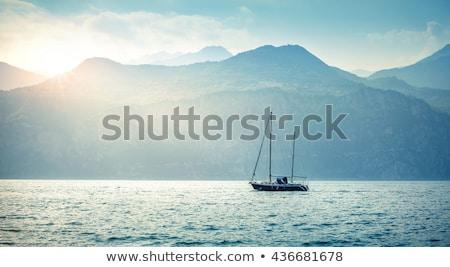 Photo stock: Seuls · yacht · vertical · vue · lac · été