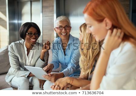 Stockfoto: Zakenvrouw · vergadering · jonge · afrikaanse · luisteren · business