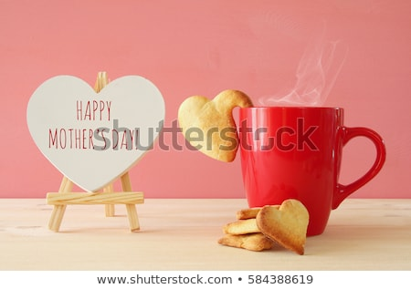 Tasse café rose forme de coeur cookie isolé Photo stock © kirs-ua