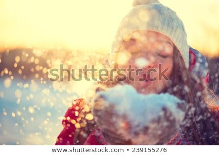 kar · portre · genç · kadın · avuç · içi - stok fotoğraf © -baks-