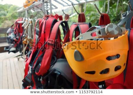 Zöld kampó szöveg hegymászás narancs kötelek Stock fotó © tashatuvango