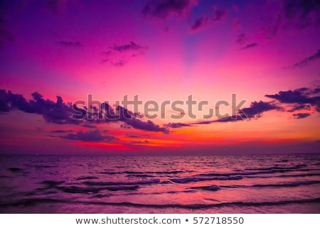 Foto stock: Beautiful Sunrise In The Summer By The Quiet Sea