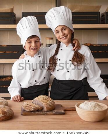 Vrienden ander counter restaurant gelukkig Stockfoto © wavebreak_media