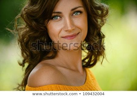 Piękna brunetka zielone oczy młodych długie włosy twarz Zdjęcia stock © lubavnel