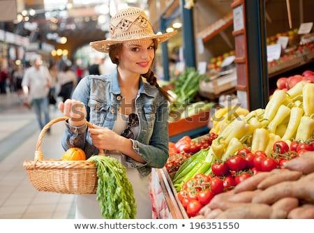 Stockfoto: Rouw · Die · In · Markt · Aardappelen · Het · Glimlachen · Bekijkt