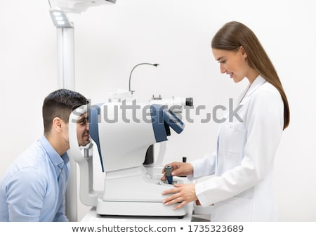 optometrist · test · gözlük · kolay · yalıtılmış - stok fotoğraf © andreypopov