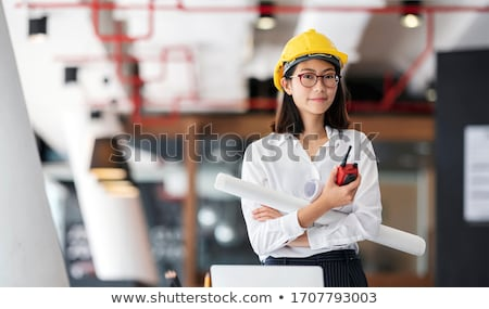 fiatal · női · építész · guggol · laptop · nő - stock fotó © photography33