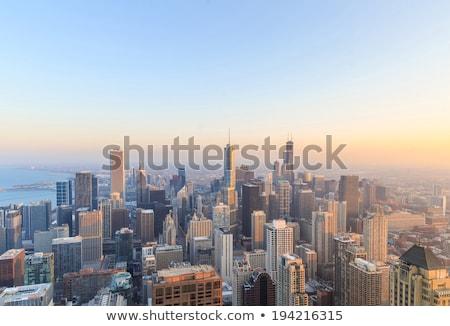 Chicago · şehir · merkezinde · akşam · karanlığı · gökdelenler - stok fotoğraf © vwalakte
