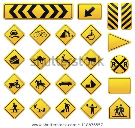 Quilômetro placa sinalizadora por hora limite de velocidade Foto stock © iofoto