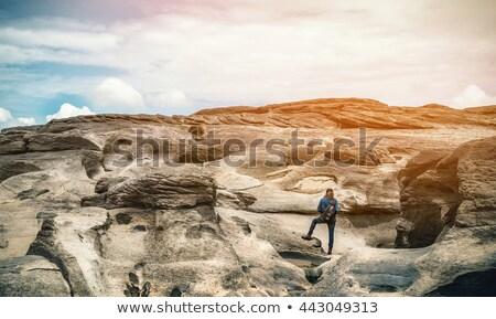 kadın · turist · ada · balkon · görmek - stok fotoğraf © yongkiet