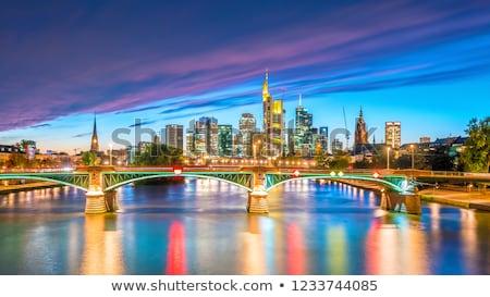 Sziluett Frankfurt naplemente délelőtt fő- város Stock fotó © meinzahn