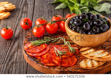 spaans · chorizo · houten · tafel · vlees · lunch - stockfoto © Photooiasson