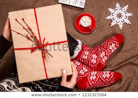 Nina sesión cajas de regalo casa amor Foto stock © wavebreak_media