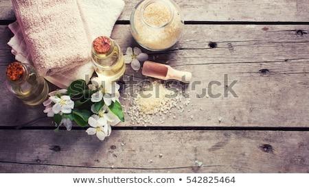 浴 · 海鹽 · 身體 · 關心 · 肥皂 · 玫瑰 - 商業照片 © IngridsI