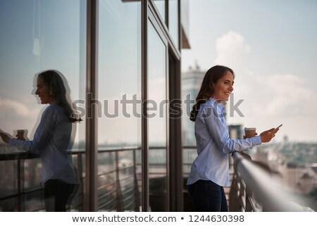 potável · café · varanda · vista · lateral · bela · mulher - foto stock © is2
