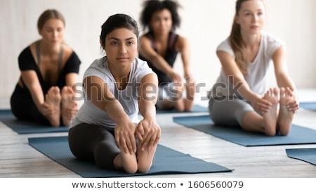 yoga · vrouw · strand · sereen - stockfoto © deandrobot