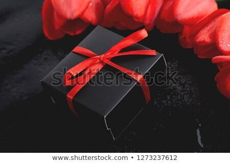 noir · coffret · cadeau · rouge · tulipe · mère - photo stock © Illia