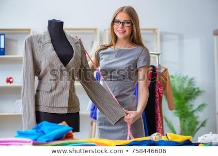 Kadın terzi çalışma yeni elbise tasarımlar Stok fotoğraf © Elnur