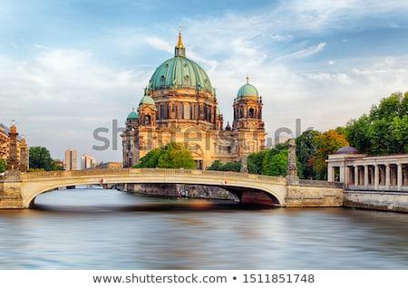 folyó · múzeum · sziget · katedrális · Berlin · éjszaka - stock fotó © prill