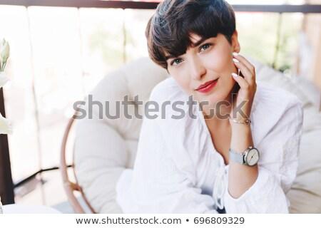 gyönyörű · mosolyog · fiatal · lány · visel · elképesztő · ékszerek - stock fotó © PawelSierakowski