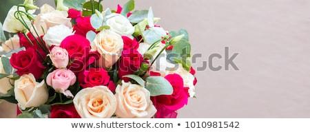 Grande rose bouquet bianco auto rosa Foto d'archivio © Es75