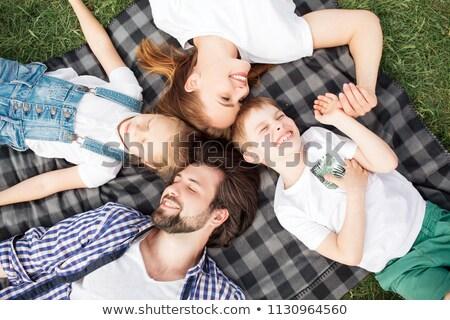 Mulher filho filha mentir grama cara Foto stock © Paha_L