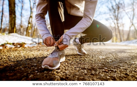 Homme chaussures dentelle hiver extérieur Photo stock © dolgachov
