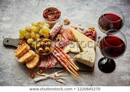 baguette · alimentos · pan · cuchillo · color - foto stock © dash