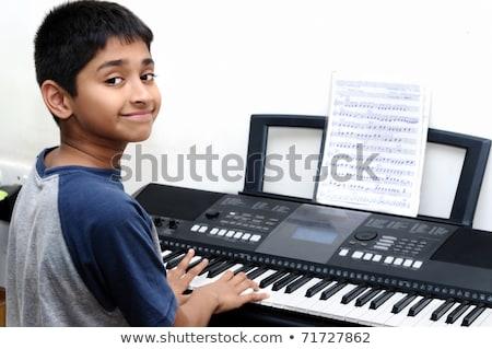 Jongen lied illustratie weinig gitaar schrijven Stockfoto © lenm