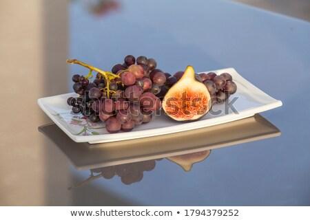 виноград пластина фрукты таблице красный завода Сток-фото © phila54