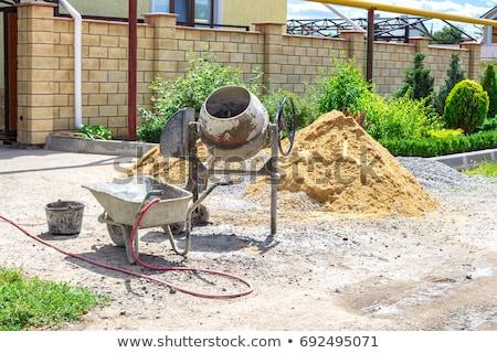 Hordozható cement keverő helyszín égbolt építkezés Stock fotó © photography33