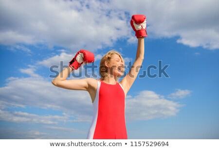 Mode femme blonde gants de boxe dame main Photo stock © konradbak