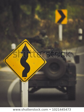 oorlog · waarschuwing · verkeersbord · zonsondergang · hemel · achtergrond - stockfoto © tashatuvango